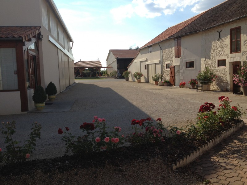 Aire camping-car à Availles-en-Châtellerault (86530) - Photo 3